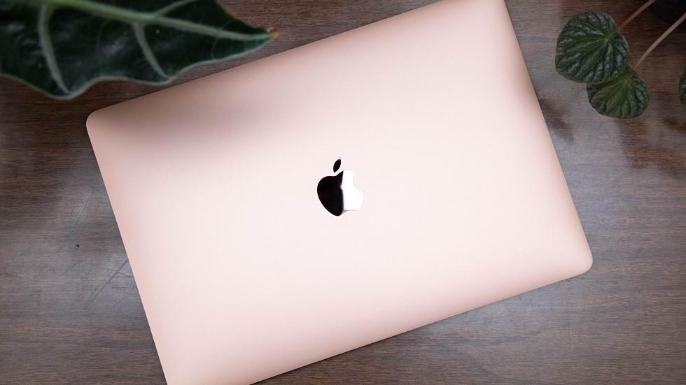 اپل در حال توسعهی مکبوک ایر نازکتر و قدرتمندتر است