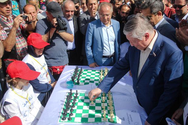 برگزاری برزگ ترین مسابقه سیمولتانه شطرنج با پشتیبانی همراه اول