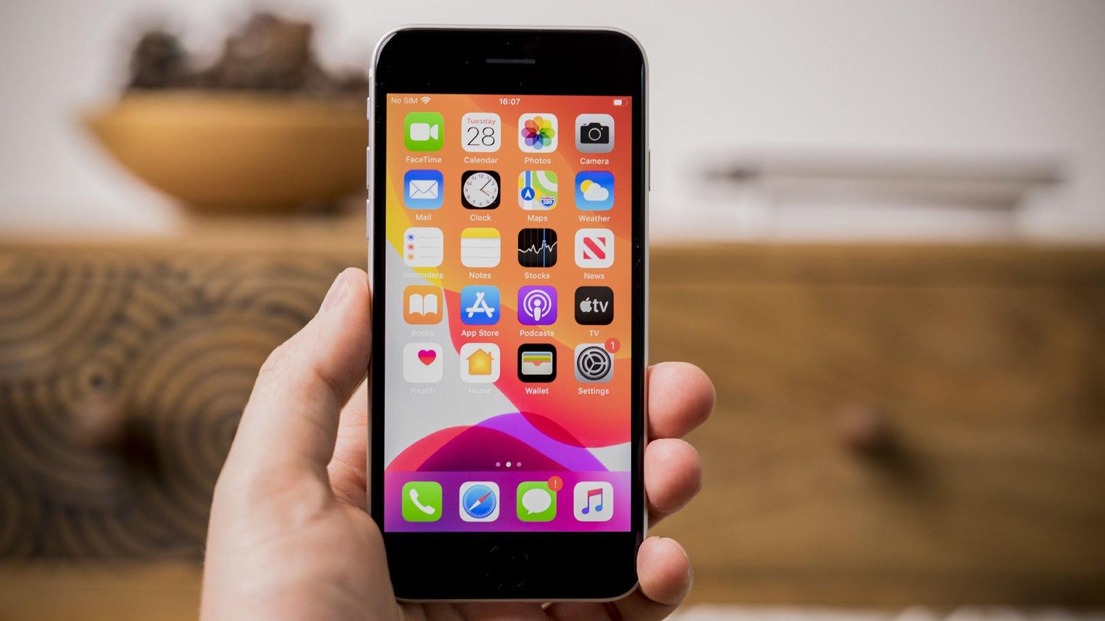 چه انتظاراتی از گوشی هوشمند iPhone SE 3 داریم